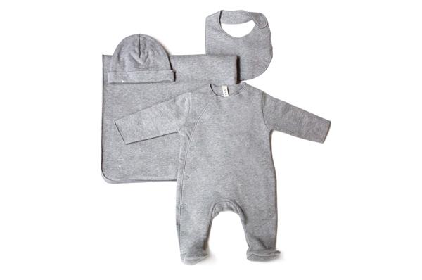 gray-label-newborn-set-01