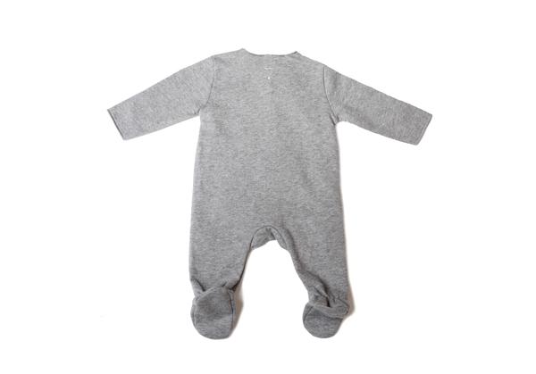 gray-label-newborn-set-02